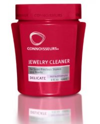 Delicate jewelry cleaner